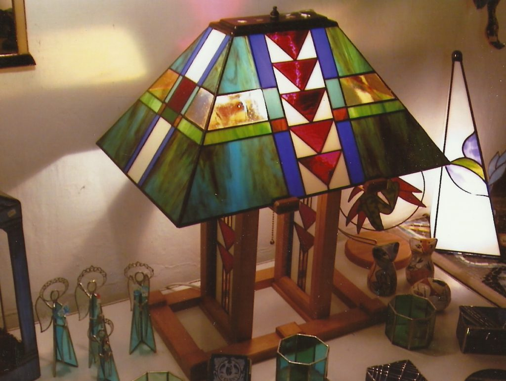 Prarie style table lamp